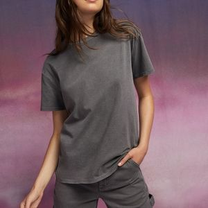 Aritzia TNA Tour Boyfriend Fit T-Shirt in black